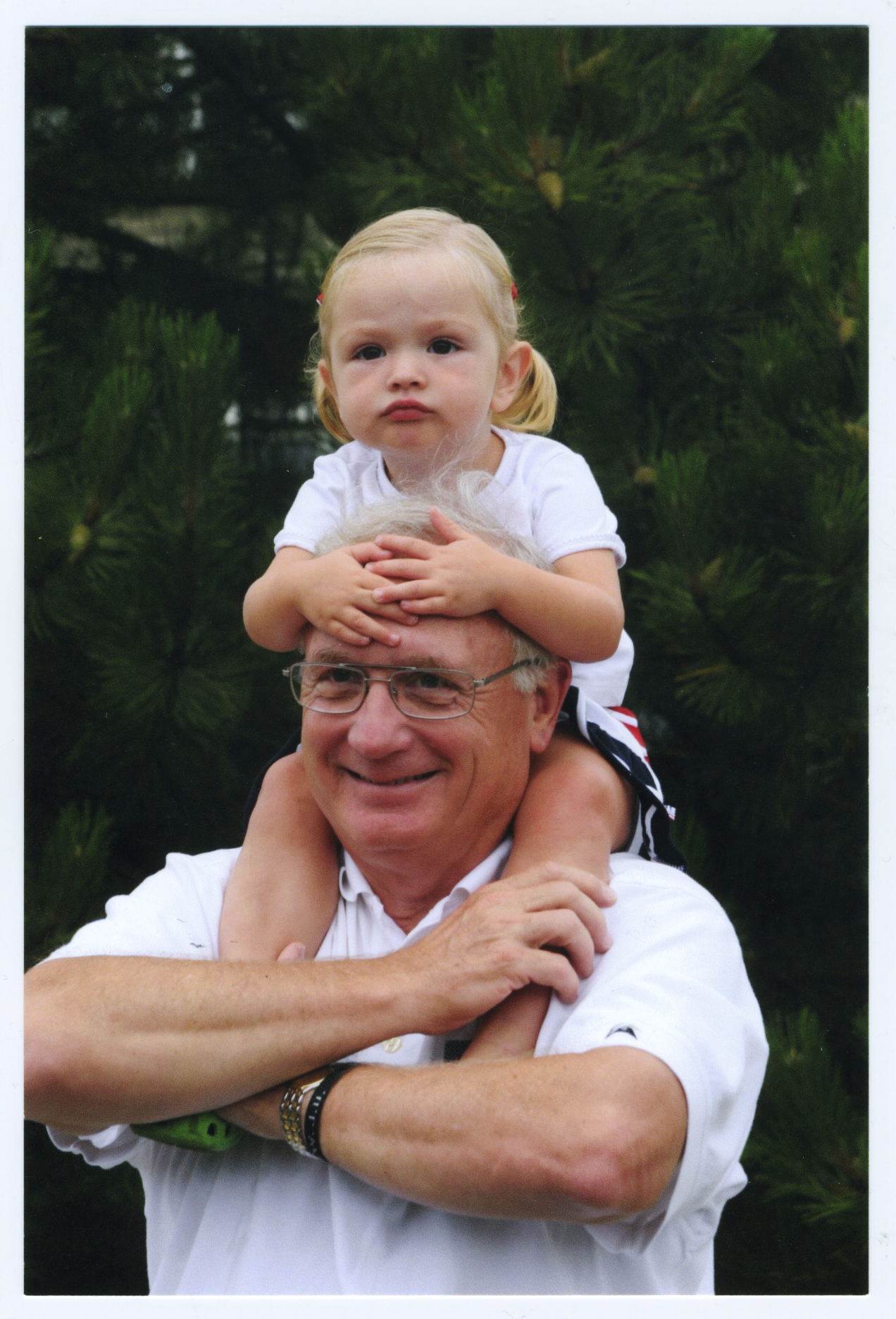 Jan Vonk with granddaughter