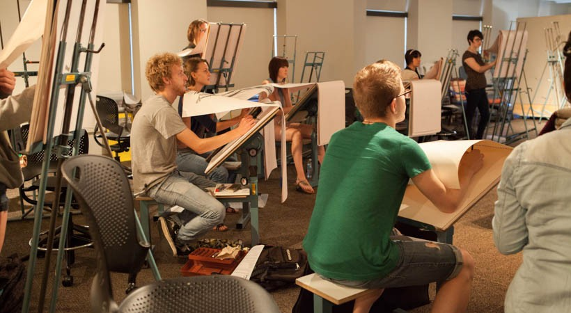 Classroom Design Drawing ~ Figure drawing classroom kendall college of art and