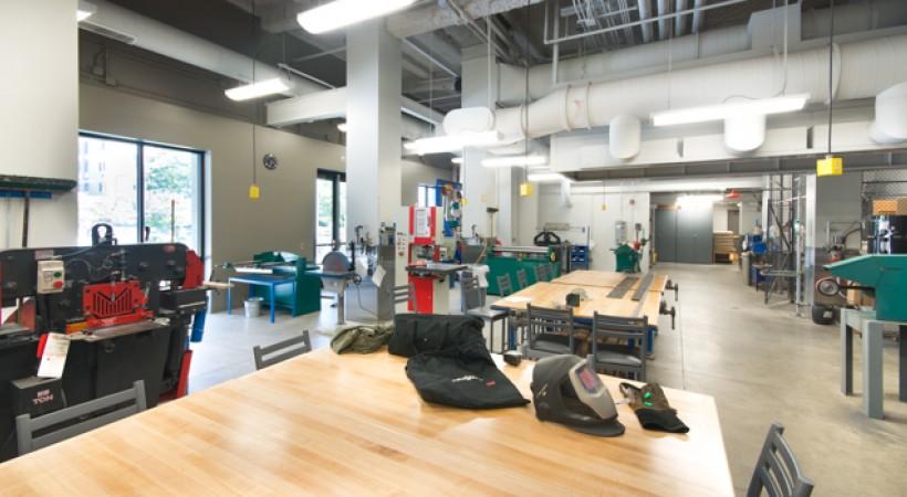 Metal Sculpture Studio Kendall College Of Art And Design