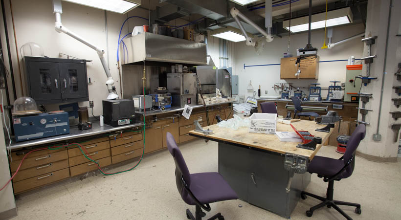 Metals Amp Jewelry Facilities Kendall College Of Art And